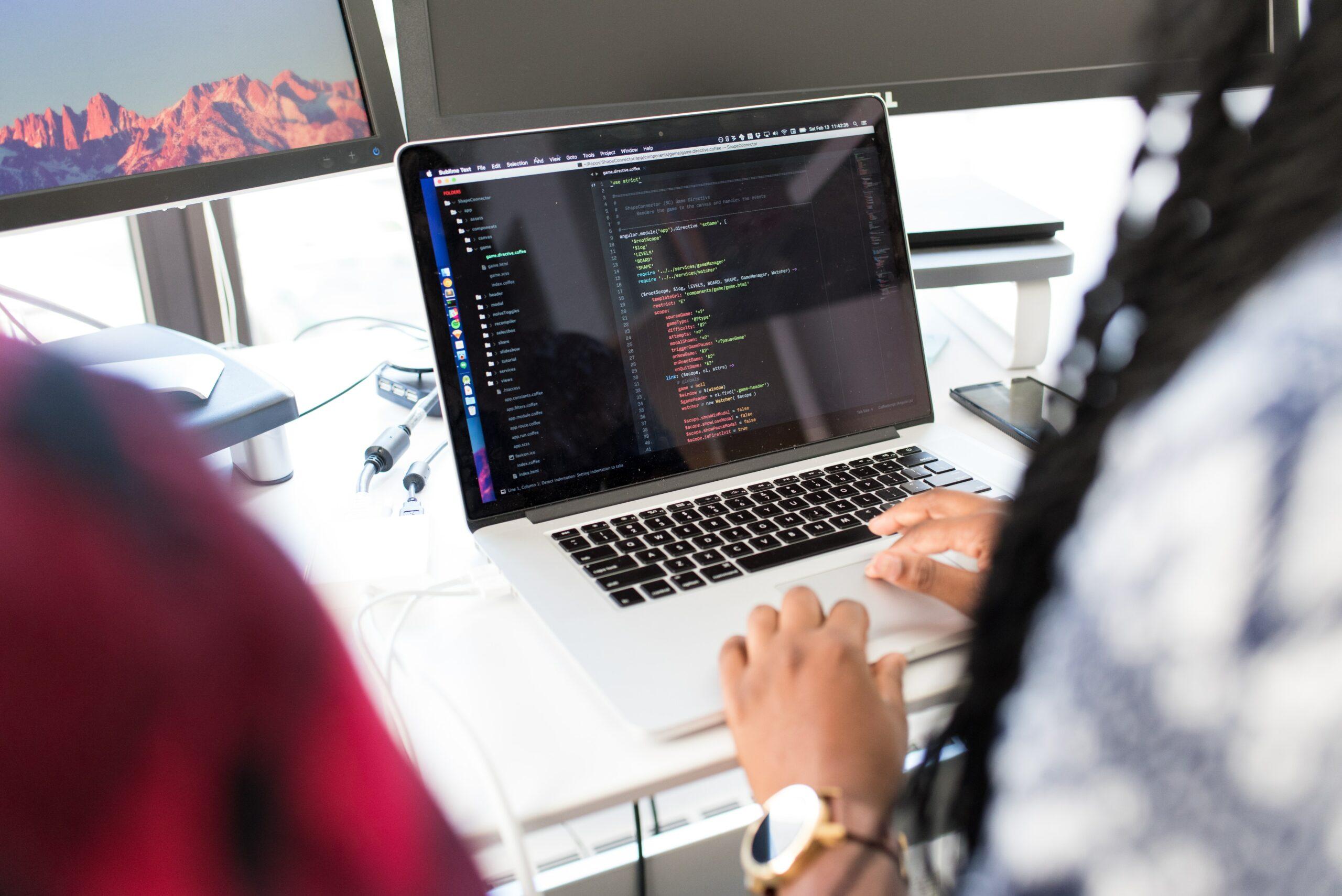 Web Designer X Desenvolvedor Web: saiba as diferenças